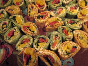 Mango, Roasted Pepper, and Chipotle Cream Cheese Tortilla Pinwheels