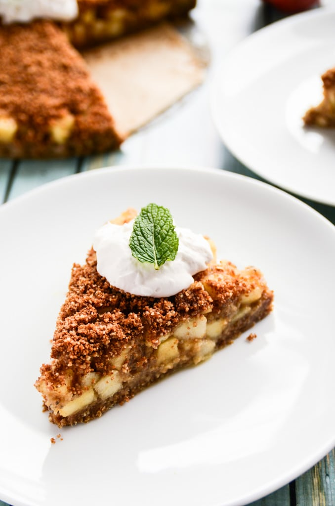 apple bourbon streusel pie apple streusel tart with honey crust recipe ...
