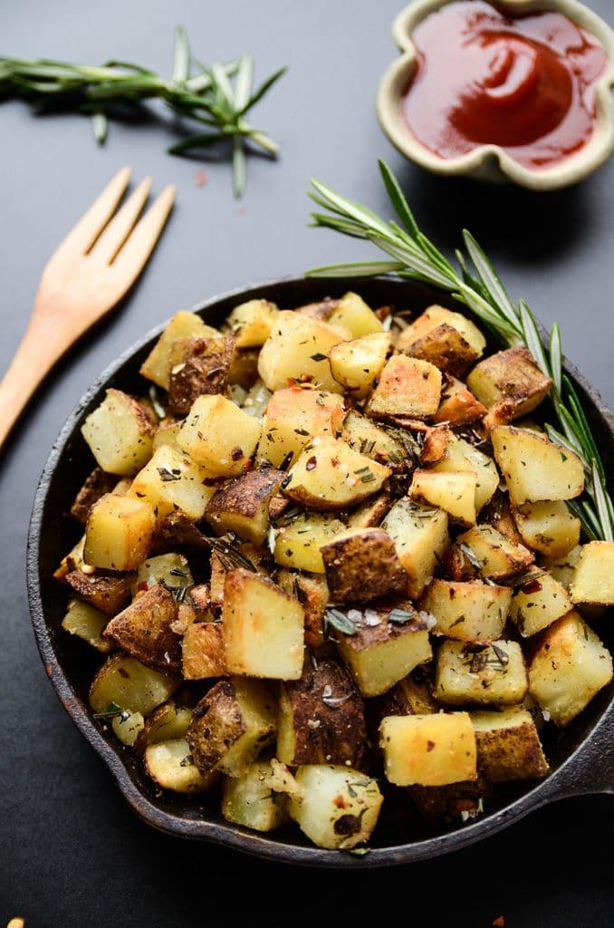 Crispy Vegan Breakfast Potatoes with Garlic-Herb Oil