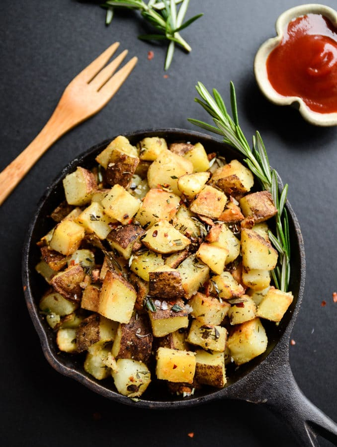 Crispy Vegan Breakfast Potatoes with Garlic-Herb Oil