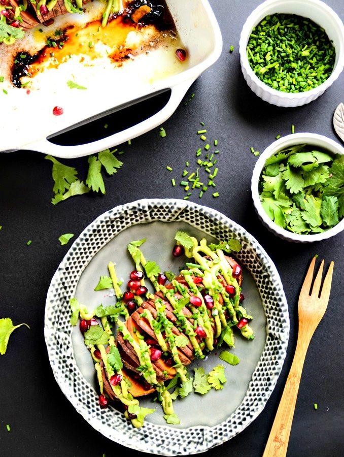 7-Ingredient Hasselback Sweet Potatoes with Avocado Aioli | vegan, gluten-free
