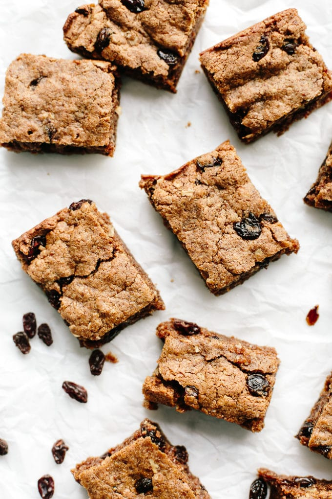 Vegan & Gluten-Free Oatmeal Raisin Cookie Bars