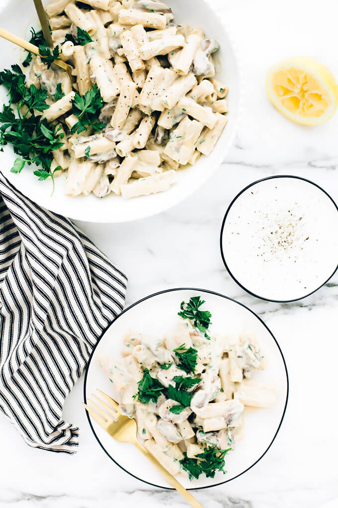 Creamy Vegan Garlic Mushroom Pasta