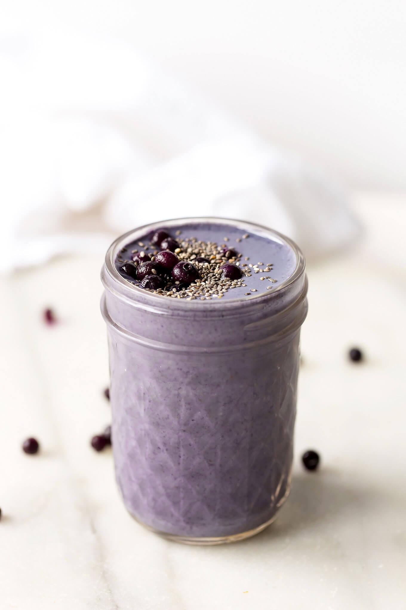 Wild Blueberry, Brazil Nut + Tahini Smoothie