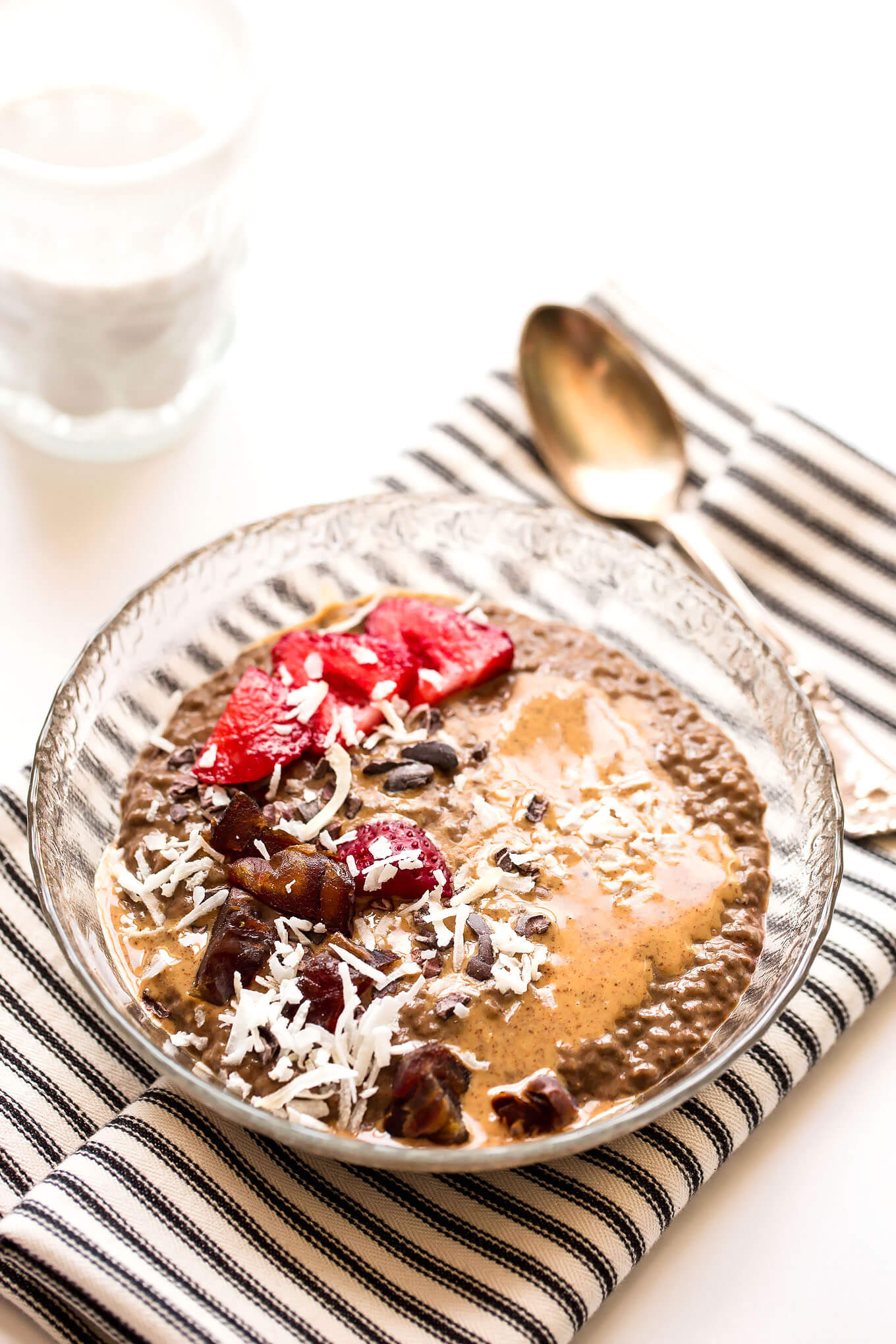 Secretly Green Almond Butter Chocolate Chia Pudding - Blissful ...