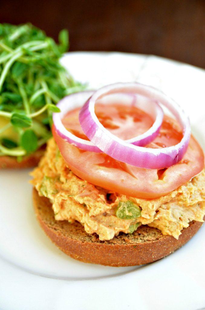 vegan tuna salad sandwich 3