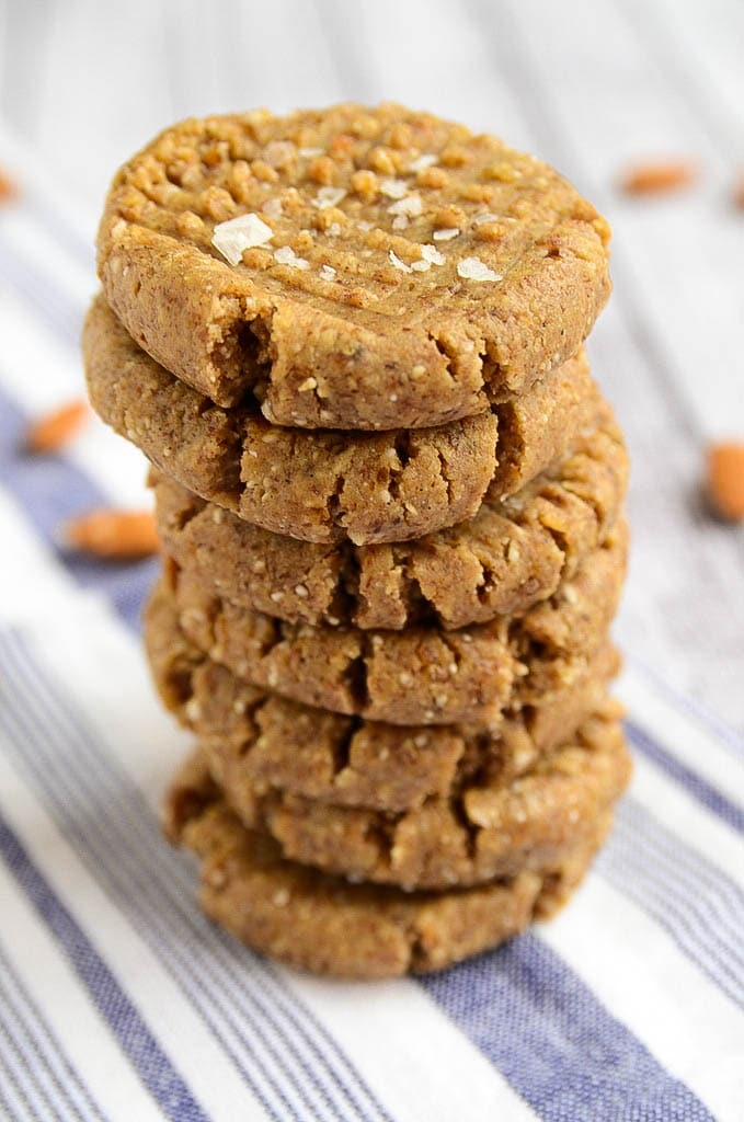 Raw Almond Butter Cookies