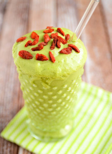 Avocado and Green Apple Smoothie