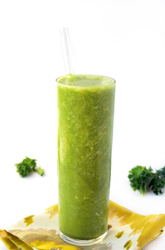 Fresh + Frothy Pineapple-Cilantro Smoothie