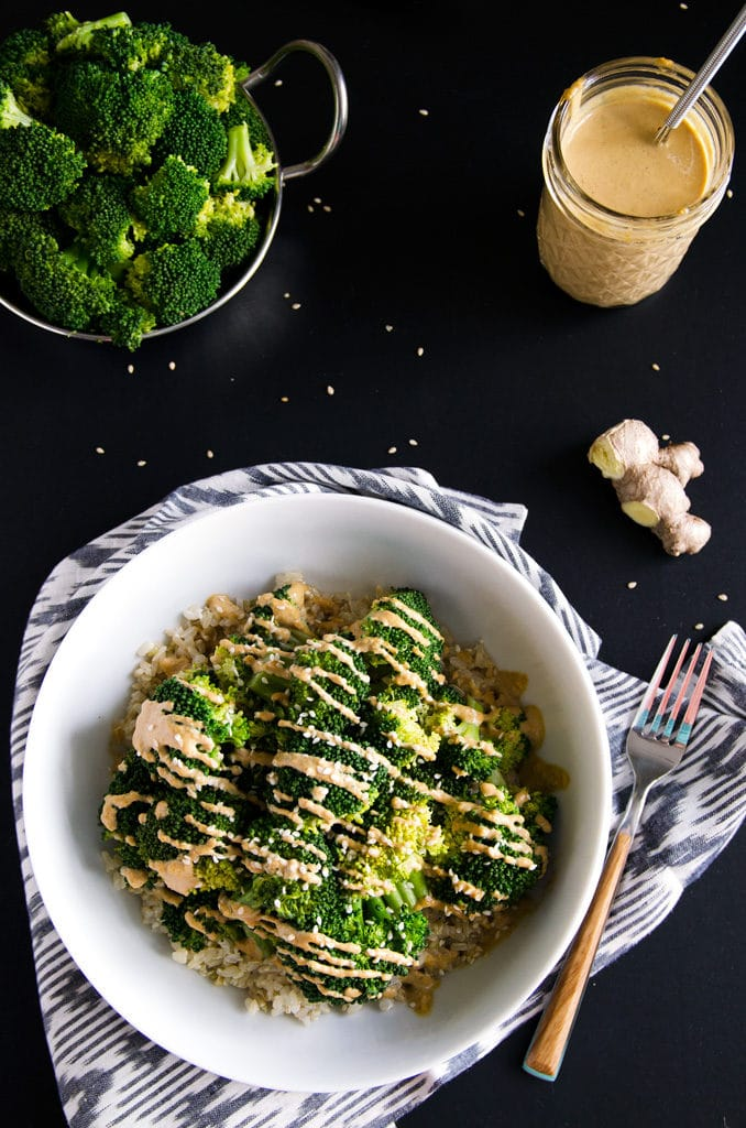 Simple Sesame-Ginger Broccoli Macro Bowl