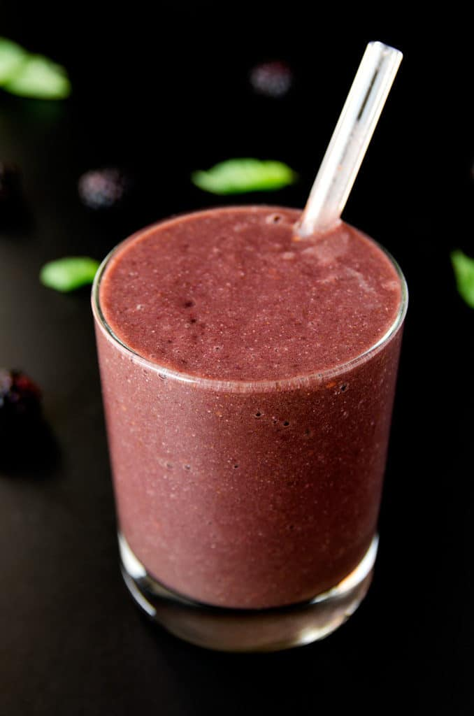 Blackberry, Basil & Chia Smoothie