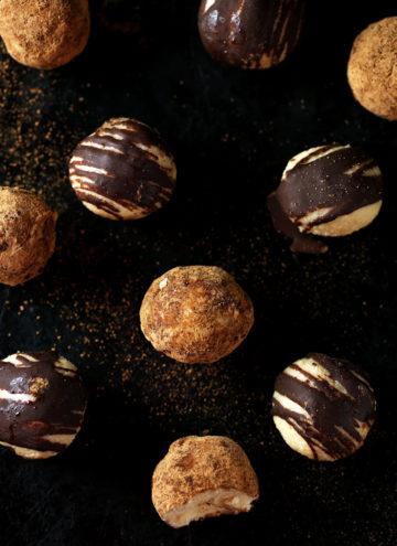 White Chocolate & Maple Truffles | vegan, gluten-free, refined-sugar-free
