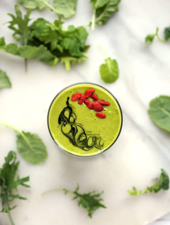 Glowing Green Mango & Kale Smoothie