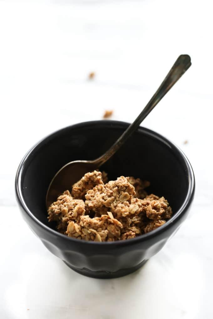 Peanut Butter Maca Granola Clusters | Vegan and Gluten-Free