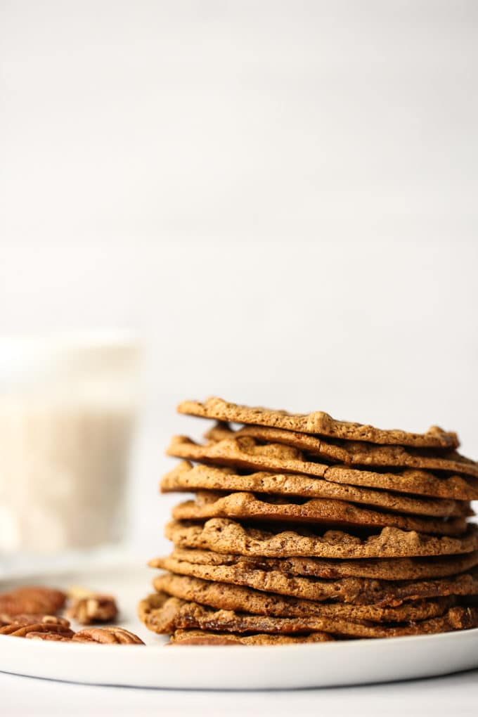 Thin and Chewy Pecan Sandies | Vegan, Gluten-Free, Refined-Sugar-Free