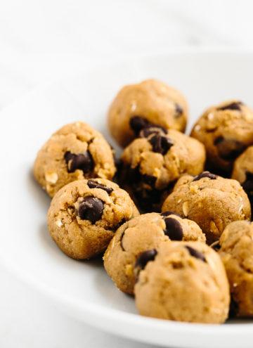 5-Minute Vegan + Gluten-Free Chocolate Chip Cookie Dough