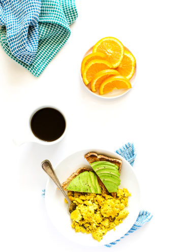 """Vegan Scrambled """"Eggs"""" Made with Aquafaba 
