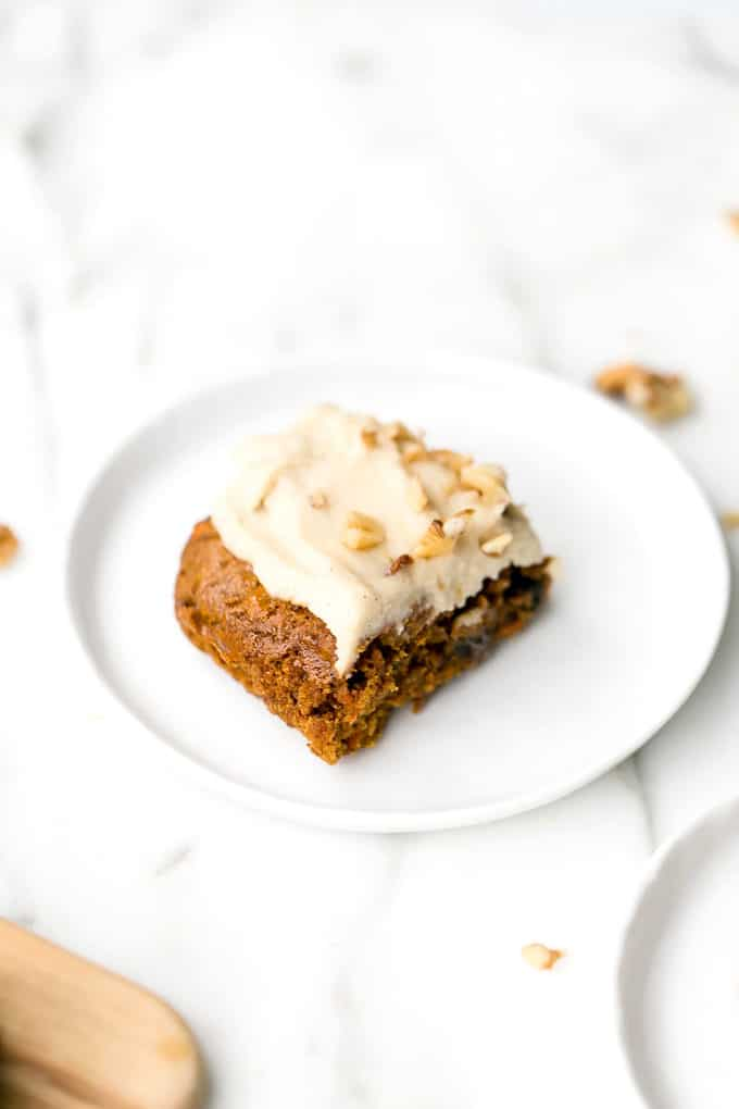 Carrot Cake Blondies with Vanilla Cashew-Coconut Icing (Vegan, GF)