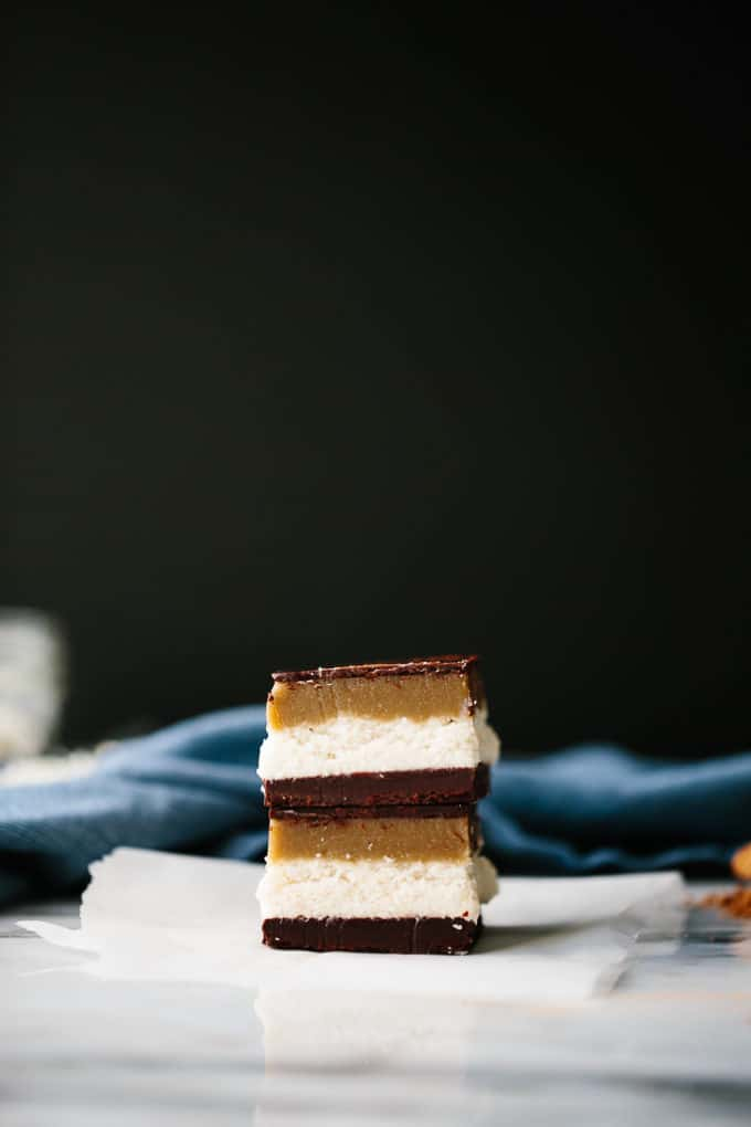 Vegan Chocolate-Coconut-Caramel Bounty Slice
