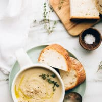 Vegan Roasted Garlic Cauliflower Soup