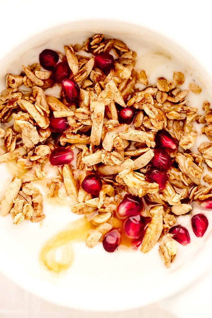 10-Minute Vegan Cinnamon Almond Granola