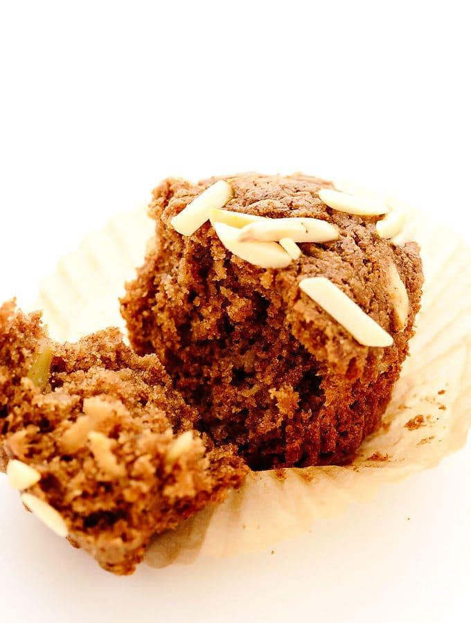 Vegan Apple Cinnamon Almond Muffins