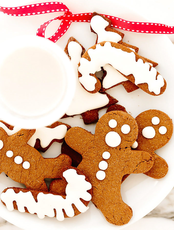 Vegan Gluten-Free Iced Gingerbread Cookies