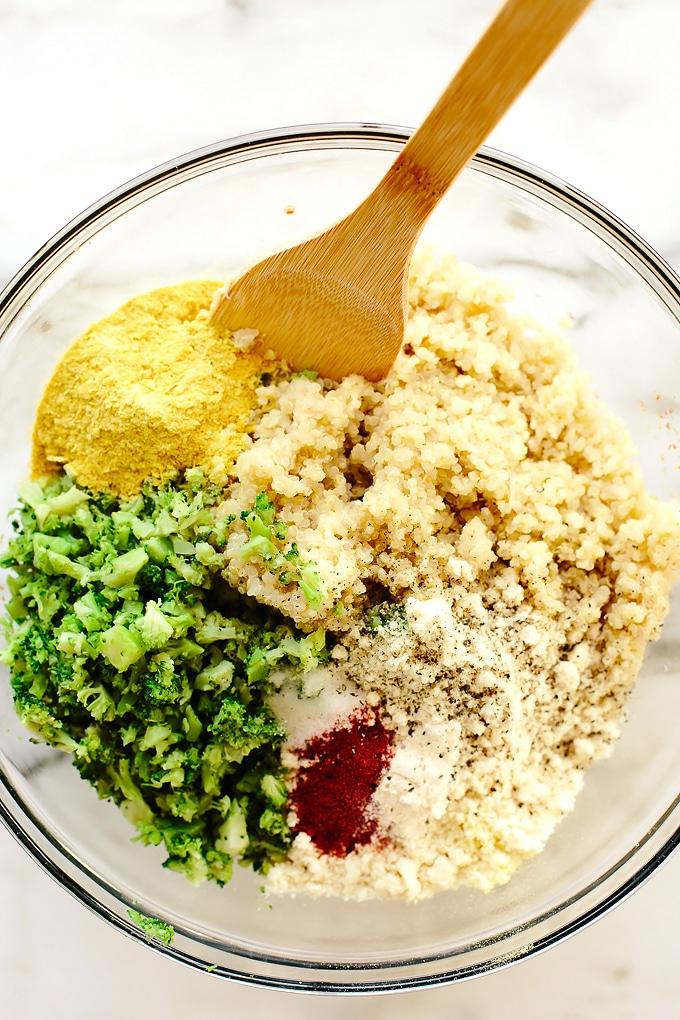 Vegan Cheesy Broccoli Quinoa Bites with Sriracha Aioli