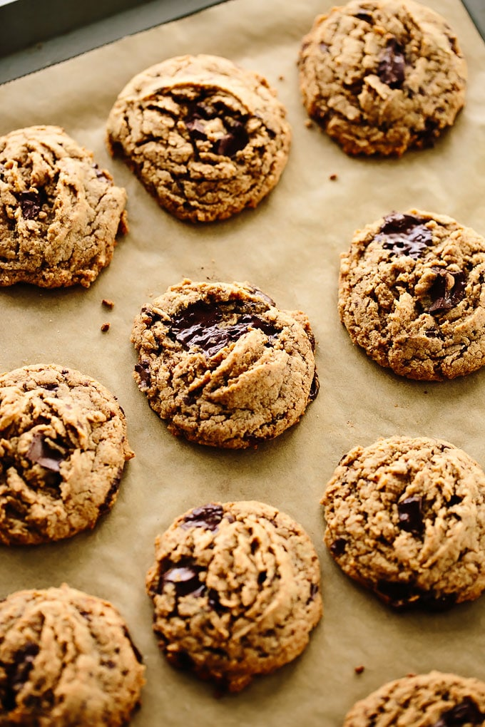 Vegan Tahini Chocolate Chunk Cookies