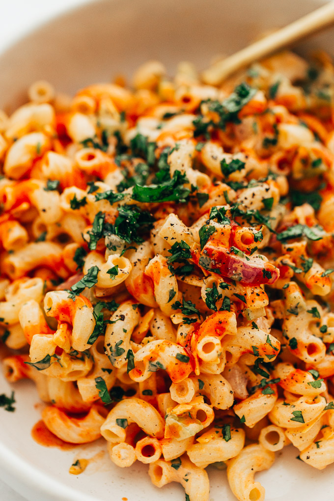 Vegan Buffalo Macaroni Salad