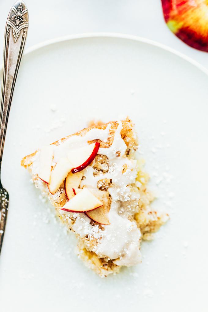 Easy Vegan Apple Cake